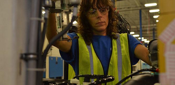 manufacturingreportweb-670x325